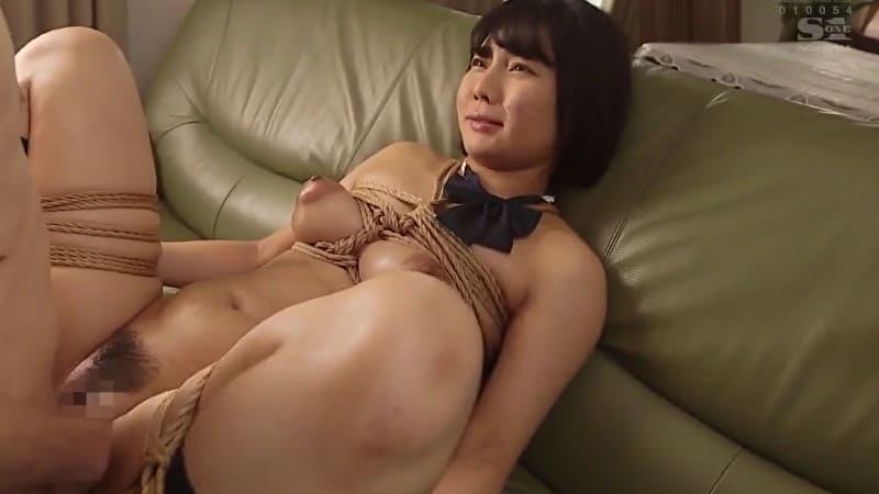 乃木蛍 巨乳女子校生が彼氏に緊縛プレイを見せつけ、寝取られ近親相姦で感じまくる! サムネイル画像