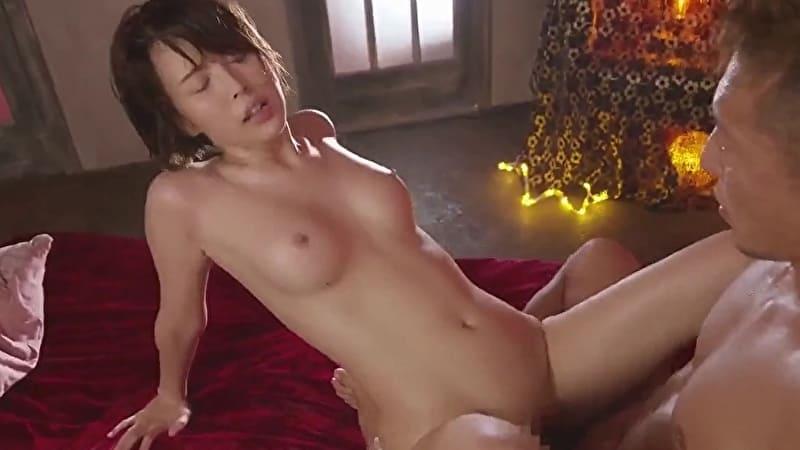 葵つかさ 舌が性感帯のスレンダー美女が舐めあってイキまくるww サムネイル画像