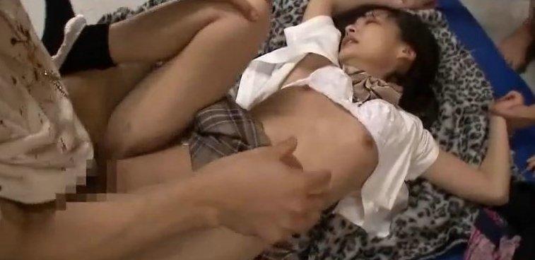あべみかこ クラスメイトに輪姦される真面目な女子校生。 サムネイル画像