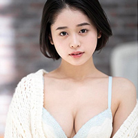 『MINAMO 逸材すぎる巨乳娘がAVデビュー!!』の紹介画像
