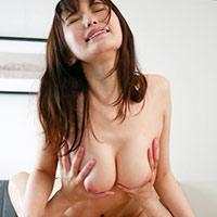 『天川そら 裸族な巨乳奥さんに我慢できずハメまくるww』の紹介画像