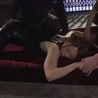 女性のための動画「悪の組織に捕まり抵抗も虚しく大勢の男達の前で陵辱されてしまう女秘密捜査官」のサムネイル画像