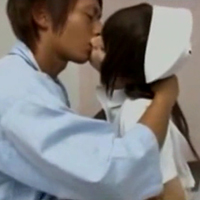 女性のための動画「月野帯人くんが入院中でどんどん溜まっていく性欲を我慢できずにナースさんに無理やり…!?」のサムネイル画像