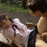 女性のための動画「優しかったお兄さんが豹変し…土砂降りの雨に濡れながら襲われちゃう制服姿の女の子」のサムネイル画像
