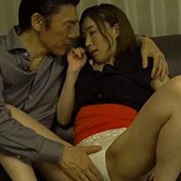 田淵正浩さんとのセックスを息子に見られてるのに感じちゃう家政婦