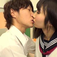 平田つかさくんに教室で強引に口づけられてそのまま下着まで脱がされて…